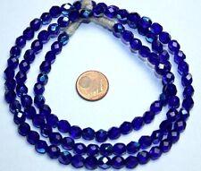 Strang kobalt blaue facettierte irisierend bedampfte Glasperlen aus Böhmen