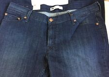 "BNWT Levi's Ladies '524' Too Superlow Skinny Jeans. Size 38"" W x 32""L."