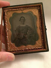 ANTIQUE AMBROTYPE PORTRAIT OF A WOMAN FRAME GLASS PICTURE