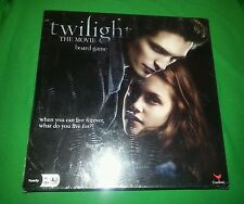 NEW IN SEALED BOX - TWILIGHT THE MOVIE BOARD GAME : 2 TO 8  PLAYERS