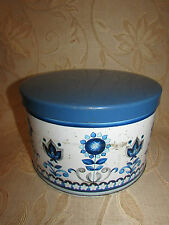 Large White & Blue '' Flowers '' Container