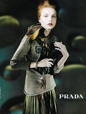 Publicité advertising 2004 Haute Couture Prada
