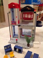Playmobil 3885 Fire station Headquarters HTF boys girls 4+