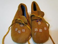 Youth NATIVE AMERICAN MOCCASINS, UNISEX, 6 INCHES LONG, BEADED