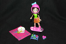 Polly Pocket - Ice Cream Picnic Crissy Doll and Skateboard w/ Accessories
