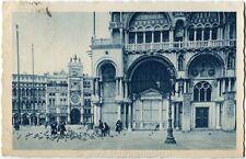 1933 Venezia - Torre Orologio dalla Piazzetta S.Marco, Piccioni - FP B/N VG ANIM