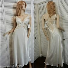 NWT $140 JONQUIL by DIANE SAMANDI NIGHTGOWN PETITE IVORY STRETCH LACE BODICE