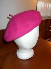 RASPBERRY BERET - SOFT WOOL