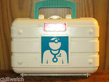 FISHER PRICE DOCTOR'S KIT 6 PIECES INCLUDED IN CASE VERY CLEAN COND.