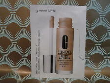 Clinique Beyond Perfecting Foundation & Concealer  50 x 1.5ml, shade 09 neutral