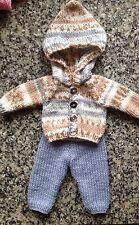 """Muñecas Ropa Hand Knitted Capucha y Pantalones Para Muñeca De 12-14"""".boy - Muy Lindo"""