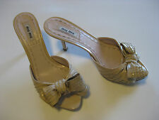Miu Miu Ladies Shoes Beige with Bows Slip-ons Size 37 Made in Italy EUC Heels