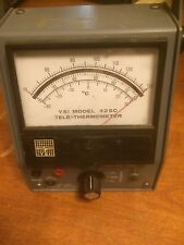 YSI (Yellow Springs Instrument Co., Inc.) 42SC Handheld Tele-Thermometer