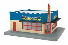 MTH 30-904451, O Gauge, Single Story Corner Store - Downtown Hobby Shop