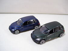 NWOB LOT OF 2 MOTORMAX PT CRUISER DIE CAST CARS BLUE & GREEN 1/64 SCALE 2001