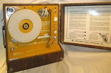 Vintage Newcomb Portable Record Player EDT30 MV 16 33 45 78 RPM Retro Orange