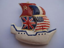 CWW2 VINTAGE ALLIED FLAGS PATRIOTIC SAILING SHIP SHAPE CELLULOID PIN BROOCH