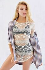 NEW NWT URBAN OUTFITTERS KIMCHI BLUE LACE BELL SLEEVE TUNIC TOP WOMEN'S SMALL