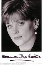 Samantha Bond + + AUTOGRAPHE + + + + James Bond girl + +