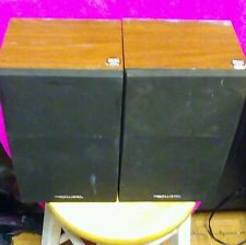 Pair Realistic Minimus-26 Cat No. 40-226a Book Shelf Speakers