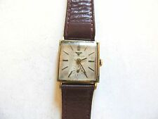 "Vintage Classic ""Wittnauer"" 17 Jewel Mens 10K Rolled Gold Plate Watch"