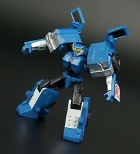 Transformers Hasbro Warrior 2015 ROBOTS IN DISGUISE Legion Class Strongarm APP U