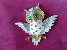 VINTAGE WHIMSICAL TRIFARI WHITE ENAMEL AND RHINESTONE OWL PIN