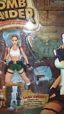 Playmates 1999 Tomb Raider Action Figure Lara Croft  Escapes Powerful Crocodile