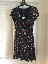 Women's Topshop Floral Dress With Tie Front Size 6