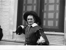 Photo originale Jean Marais Le capitaine Fracasse chapeau Pierre Gaspard-Huit
