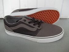NWT MEN'S VANS CHAPMAN STRIPE (2-TONE) SNEAKERS/SHOES SIZE 9.BRAND NEW FOR 2017