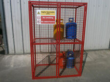Gas bottle storage cage with removable shelf