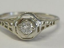 18 K WHITE GOLD .15 CT DIAMOND  SOLITAIRE FILIGREE RING, ART DECO, 6. SIZE
