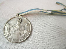Vintage Deschler of Munich Medal with ribbon