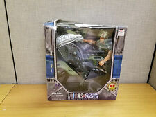 """Kenner KB Toys exclusive 12"""" Aliens vs Corp. Hicks figure set, New!"""