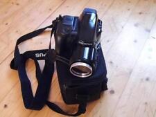 Olympus is 1000 Spiegelreflexkamera mit Tasche und Filme