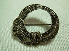 SWEET VINTAGE ART DECO STERLING SILVER & MARCARSITE LOOPY CIRCLE PIN BROOCH