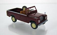 Brekina 13752 Land Rover 109 Series IIA Pickup -  weinrot von  Starmada