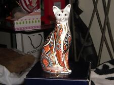 ROYAL CROWN DERBY ,SIAMESE CAT PAPERWEIGHT , 1ST QUALITY, GOLD STOPPER.