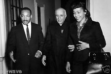 Dr. Martin Luther King Jr. and his wife Coretta Scott King with Jawaharlal Nehru