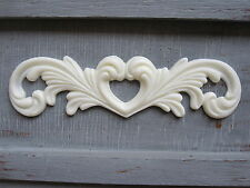 BEAUTIFULL  DECORATIVE ORNATE SCULPTER  SCROLL  FURNITURE/ MIRROR MOULDING