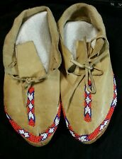 VINTAGE NATIVE AMERICAN MOCCASINS 8 BEADWORK TANNED LEATHER RED WHITE BLUE BEADS