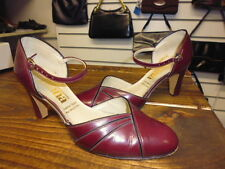 VINTAGE 70'S DOES 40'S OXBLOOD RED MARY JANE SHOES SIZE 6