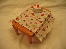FISHER PRICE Loving Family MUSICAL TABLE BIRTHDAY PARTY PIZZA PARTY Flips Over!