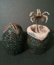 NEW Loose Neca Xenomorph Alien Eggs Unhatched & Hatched w/ Facehugger Figure