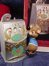 HALLMARK Jackpot Jingle Mouse pulls CASINO SLOT MACHINE CHRISTMAS ORNAMENT 1996