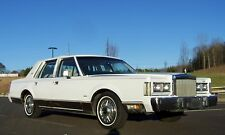 Lincoln: Town Car 1-OWNER 56K SUPER NICE CALIFORNIA CAR SEE PHOTOS!!
