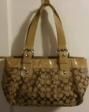 COACH SIGNATURE PLEATED BEIGE HOBO No.A1059-F13742 A BIT WORN, SOILED