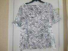 NWT KAREN SCOTT BLACK AND WHITE ROLLED SLEEVE SIZE 2X RETAILS $36.50