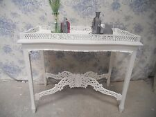 Shabby Chic Console/Side Table painted in Laura Ashley/Annie Sloan